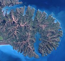220px-Banks_Peninsula_from_space (1)